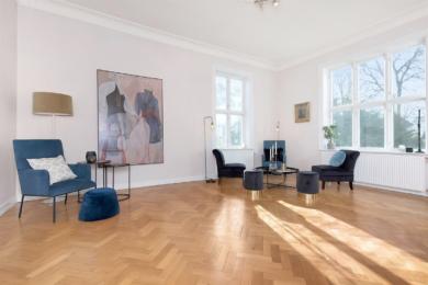 André Lundquist maleri i stue 120x180cm